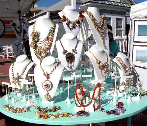 how to make jewelry displays for craft shows craft show displays for jewelry on a table