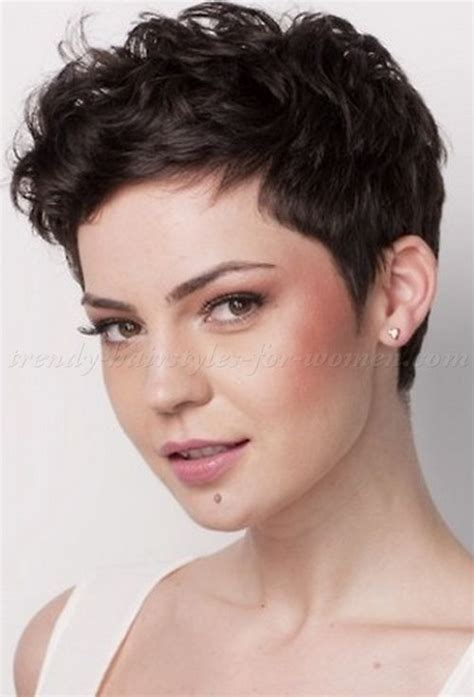 pixie haircuts for women in their 40s pixie hairstyles for women in 40s pixie cut things to