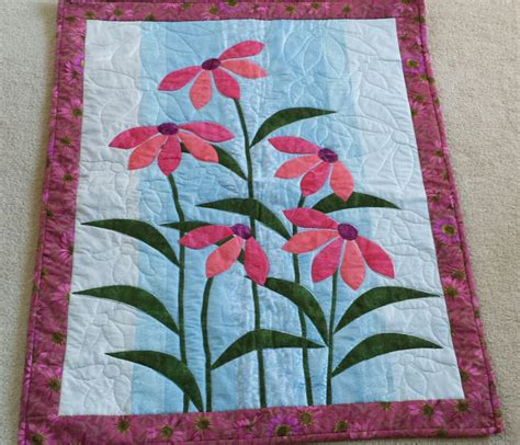 Hanging Wall Quilts by Flowers Wall Hanging Quilt