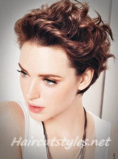 hairstyles for women over 50 with thick course hair short shag haircut short shaggy hairstyles for women
