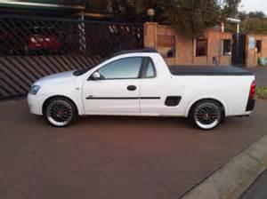 Opel Bakkies Opel Corsa Bakkie Image 116