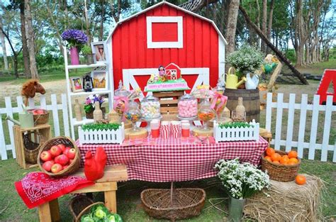 Birthday Party Giveaway Ideas - kara s party ideas chic barnyard birthday party