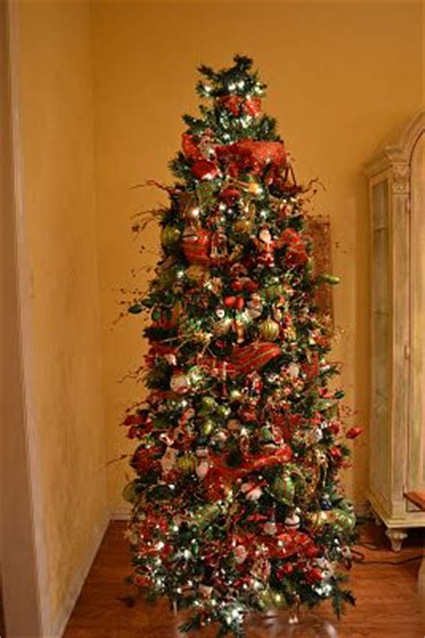 mesh ribbon christmas tree tutorial 1000 images about mesh decorating on trees a tree and trees