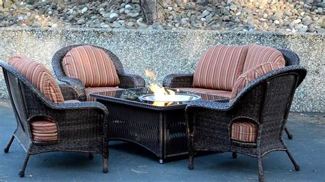 Naples Fire Pit Table With Balsam Wicker Patio Furniture Patio Furniture Pit Table Set