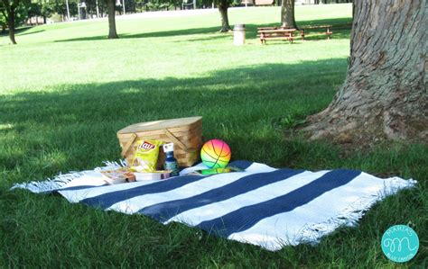Outdoor Picnic Rug Outdoor Picnic Blanket Crochet Pattern S Blue Crayon