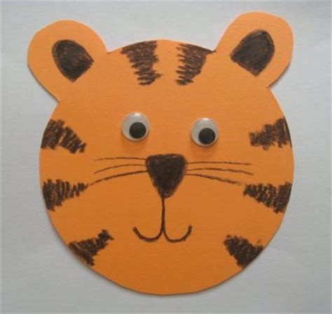 Tiger Paper Plate Craft - paper tiger family crafts