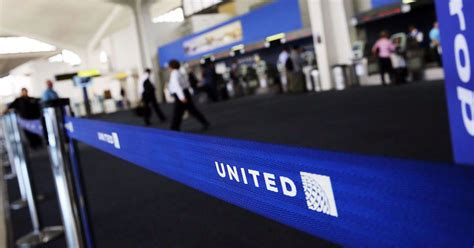 united baggage lost united airlines lost 800 million in value but got some