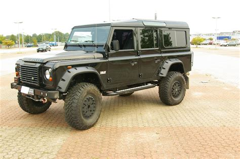 2000 Land Rover Defender 130 Pictures Information And