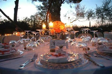 foto tavola imbandita tavola imbandita banchetto serale foto di villa