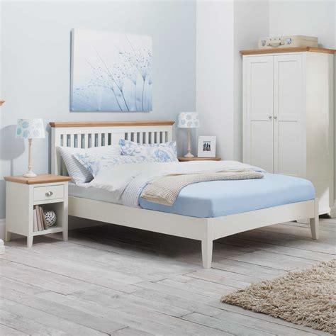 Bed And Bed Frame Set Bedroom Furniture Pics Andromedo