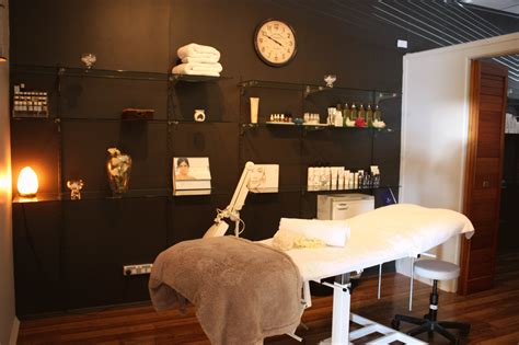 beauty room ideas galleries your serenity beauty treatment room loversiq