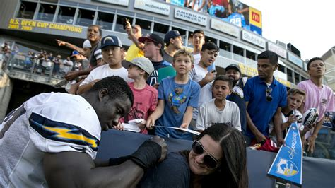 chargers home field fans get look at chargers interim home field at