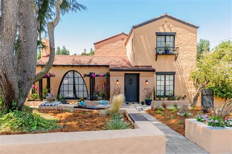 pix for spanish style house curb appeal pinterest 16 inspiring curb appeal transformations landscaping