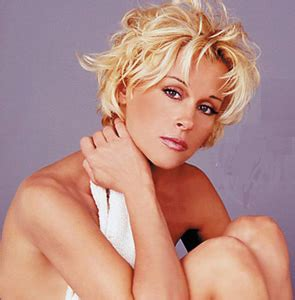 lori morgan hairstyle in 1989 and 1990 country music sensation lorrie morgan to perform at