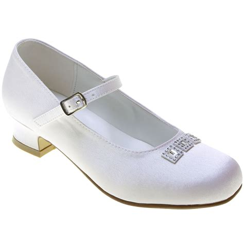 communion shoes holy communion shoes with three diamantes cachet