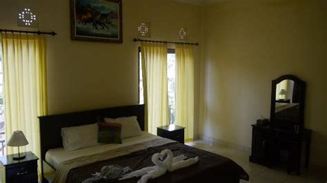 wijaya guest house ubud petulu indonesia review guest