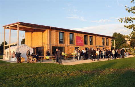 bauunternehmen augsburg einweihung des farmhauses in der youfarm in augsburg