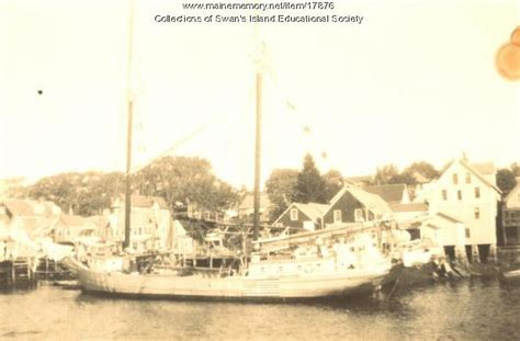 a history of swan s island maine classic reprint books maine memory network fishing in the days swan s