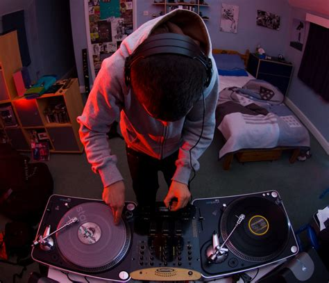dj bedroom government cuts unemployment in half by considering quot bedroom dj quot an actual job