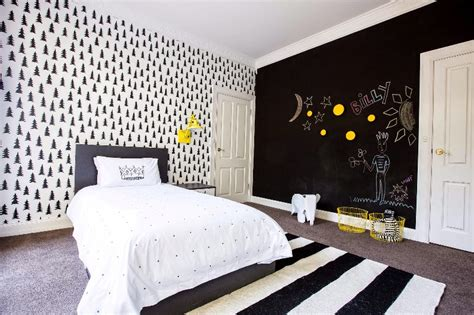 pics for gt black and white bedrooms with a splash of color - Black And White Bedrooms With A Splash Of Color