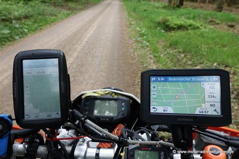 Motorrad Navi Garmin Vs Tomtom by Garmin Zumo 396 Lmt Test Motorradreisefuehrer De