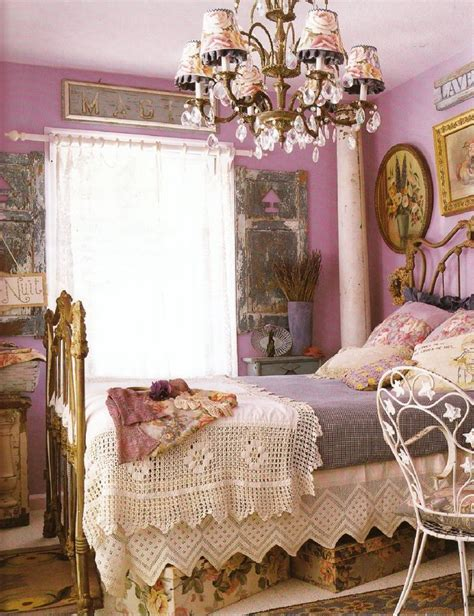 vintage bedroom color schemes 553 best images about antique iron beds on pinterest