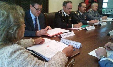 banca etruria frosinone rapine il prefetto riunisce le forze di polizia