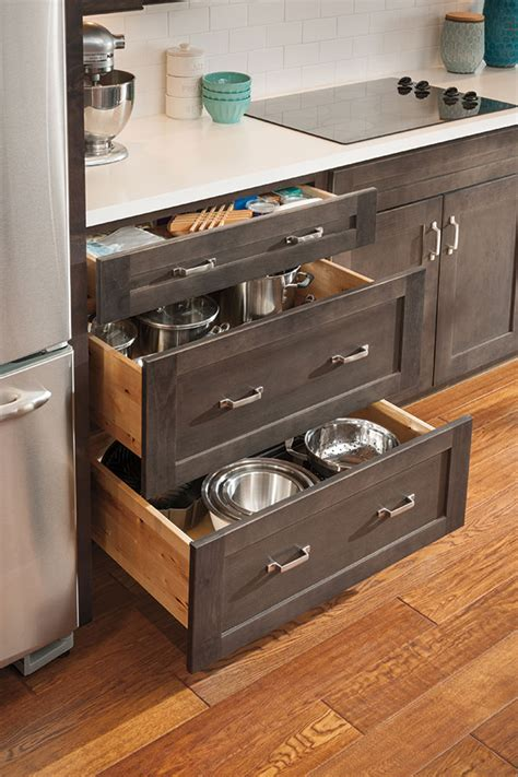 drawers for kitchen cabinets three drawer base cabinet aristokraft cabinetry