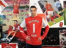 arsenal quora why is robin van persie hated by arsenal fans quora