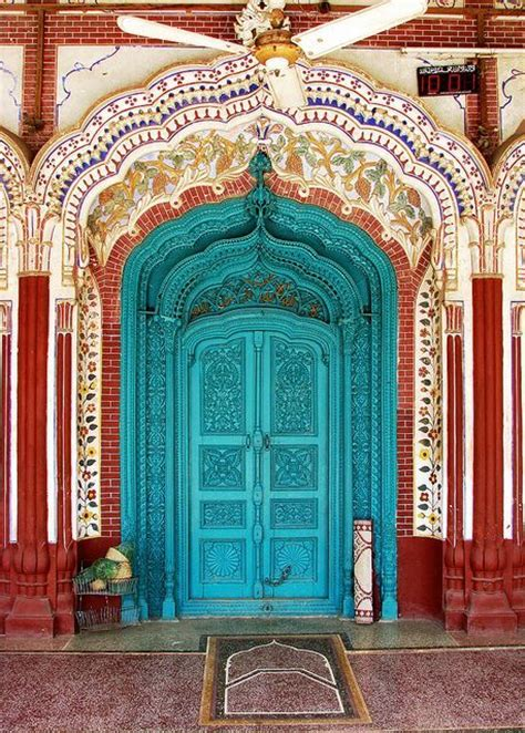arabic door colorful doors pinterest red beautiful design blue flowers colour architecture