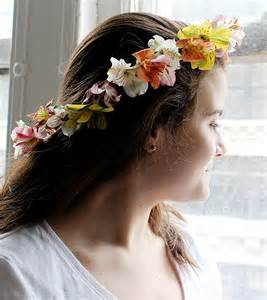 diy flower crown how to make a flower crown petal talk 1 800 flowers