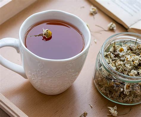 Chamomile Tea Detox by 4 Anti Inflammatory Detox Drinks Docs Say You Should