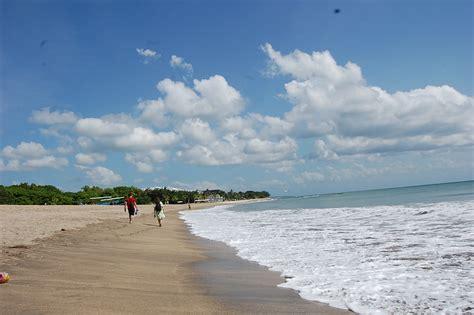 booker kuta beach bali
