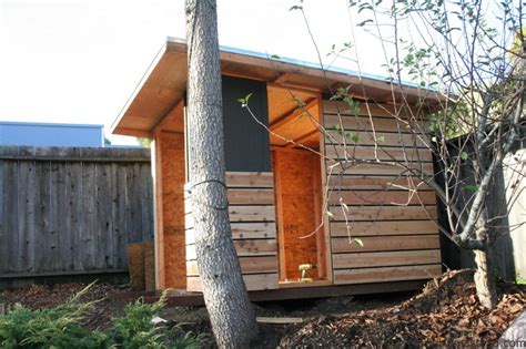 Modern Shed / Playhouse Marin Homestead