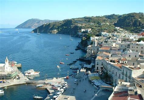 offerte soggiorno sicilia sicilia isole eolie soggiorno con escursioni robintur