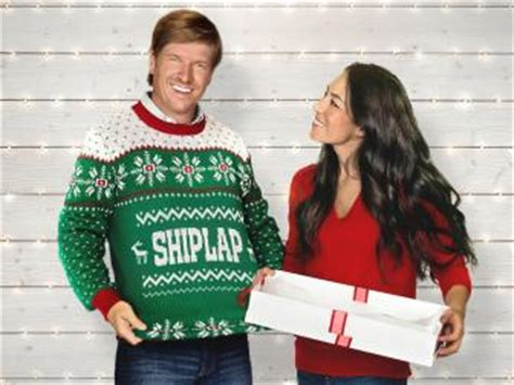 chip and joanna shiplap hgtv s fixer upper with chip and joanna gaines hgtv