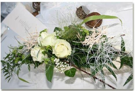 Blumengestecke Hochzeit Tisch by Blumengestecke Hochzeit Alle Guten Ideen 252 Ber Die Ehe