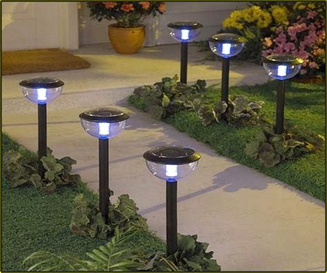 landscape lights not working solar landscape lights low voltage landscape lighting sets