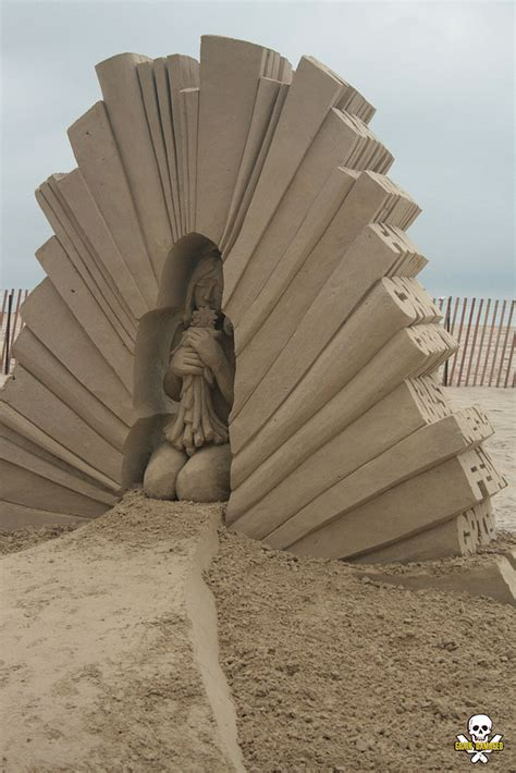 amazing sculptures the most amazing sand sculptures you will see today