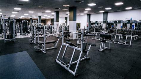 imagenes maquinas fitness gimnasio o2 centro wellness neptuno