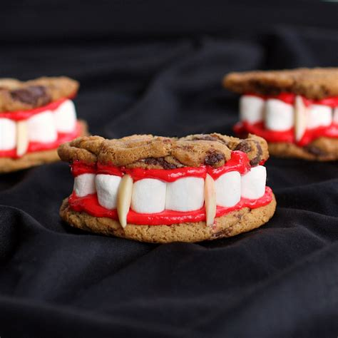 hardly housewives creative halloween desserts