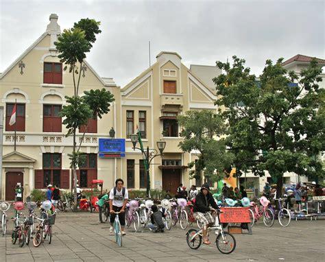 interesting tourist spots  jakarta  worlds foremost