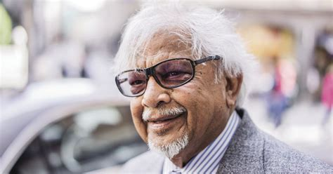 biography of arun gandhi arun gandhi life is about enhancing society with our
