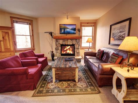 mountain condo decorating ideas rustic decor and mountain views in this spa vrbo