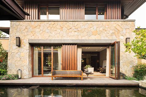 mobili per giardino in legno come proteggere i mobili da giardino in legno mobilia la
