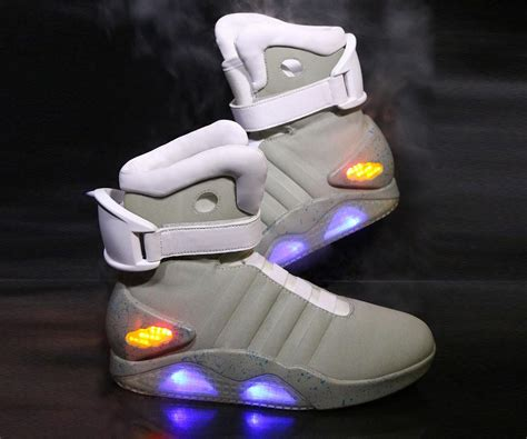 light up nike shoes for back to the future ii light up shoes dudeiwantthat com