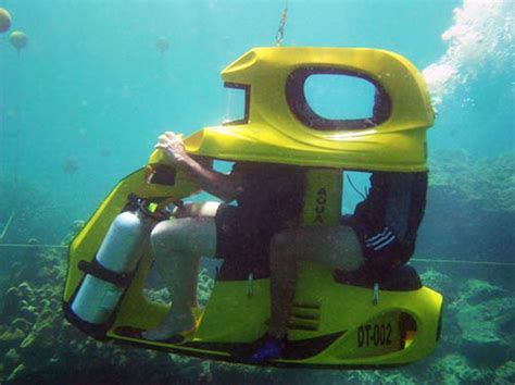 water scooter nz enjoy a soft drink while riding underwater with aqua star