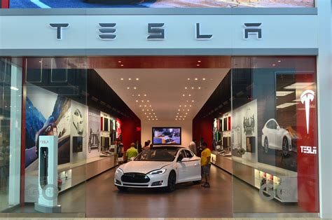 Tesla Motors Store For Tesla A Fight In Connecticut To Open Stores And Sell