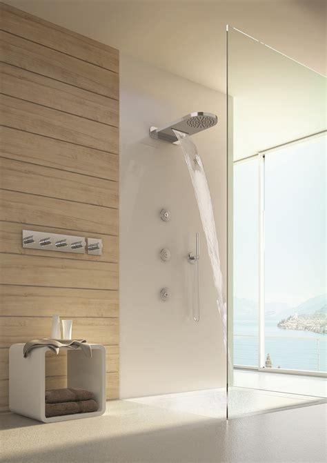 doccia con soffione doccia soffione e doccetta con asta saliscendi cose di casa
