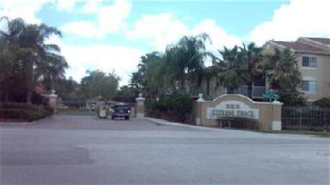 Summit Ridge Apartments Brandon Fl Apartment Buildings Complexes Brandon Fl Business